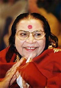 Shri Mataji Nirmala Devi - Vibrated Water Research