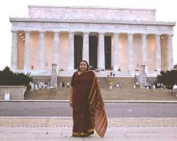 Shri Mataji at the Lincoln Memorial